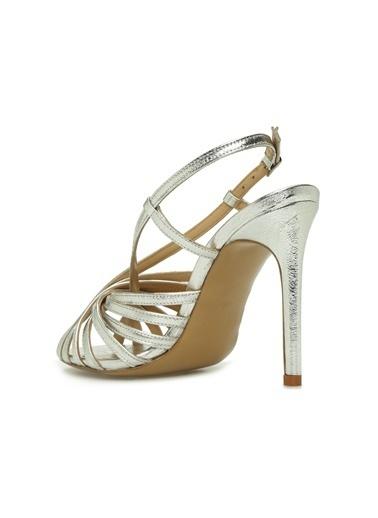 NetWork 1074947 Silver Çapraz Bantlı Topuklu Kadın Ayakkabı Gümüş